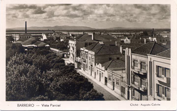 Avenida Henrique Galvão, antiga 'Avenida Marechal Carmona', num postal de Augusto Cabrita